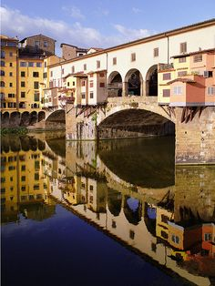 Ponti Vecchio ~ Best known of all Florence's treasures, this glorious bridge was the only one of six spared by the retreating Germans on August 4, 1944. Over the centuries, flooding unfortunately took its toll; few traces of the 10th-century bridge remain.