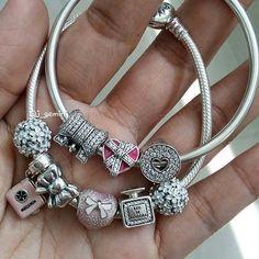 #pandora #pandorabraclets #mystyle #mypandora #pandoraofficial #charms #pandorabangle #pandoracharms #pandorajewelry #jewerly #pandoraaddicted #pandoralover #thelookofyou #beads #pandorastyle #mycollections #pink #bow #bowcharm #heart #jewel #heartcharm #jewelry #instajewels