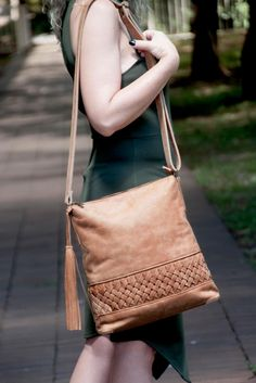 The Alice Bag Leather Bags, Leather Handbags, Alice Bag, Coat Of Arms, New Trends, Lady, Fashion, Leather Tote Handbags, Moda