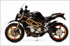 Mad Crow Garage » MV Agusta Brutale 910S - Bikers Cafe