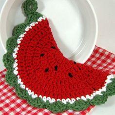 Crochet Watermelon Pot Holder Watermelon Slice by MagnoliaSurprise Crochet Owls, Crochet Potholders, Knit Or Crochet, Learn To Crochet, Crochet Patterns, Crochet Ideas, Crochet Kitchen, Crochet Home, Crochet Crafts