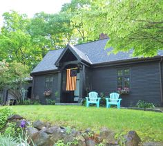 Check out this awesome listing on Airbnb: Boston Northshore Charm on Lake - Houses for Rent in Hamilton