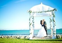 The elegantly gabled Blue Bay Lodge wedding venue is built meters above the wide beaches of Saldanha Bay; a tranquil fishing village on the Cape West Coast. Wedding Ceremony Script, Wedding Venues Beach, Rustic Wedding Signs, Beautiful Wedding Venues, Lodge Wedding, Dream Wedding, Beach Weddings, Trendy Wedding, Destination Wedding