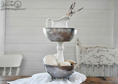 Repurposed Metal Strainers Tiered Stand ~~~via http://knickoftimeinteriors.blogspot.com/