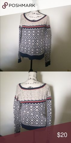 America Eagle Sweater Medium Beautiful white, navy and orange sweater from American! It's so comfortable! I purchased for myself without trying it on and it's just not my personal style! In great shape, size medium! American Eagle Outfitters Sweaters Crew & Scoop Necks