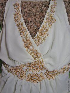Купить Декор свадебного платья - авторская ручная вышивка бисером, жемчугом. - заказать вышивка бисером
