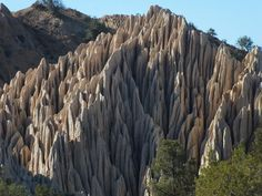 I am the rock. / The hard rock. / You can't break me. (Diane Wakoski)