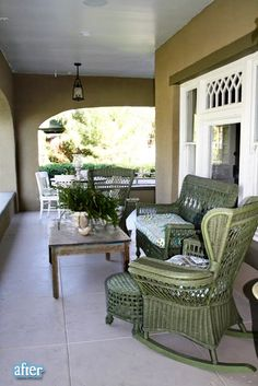 Before & After: Dorie's Charming Bungalow Remodel in Arizona - Hooked on Houses Bungalow Porch, Bungalow Living Rooms, Bungalow Interiors, Modern Bungalow, Bungalow Homes, Wicker Porch Furniture, Outdoor Furniture Sets, Wicker Chairs, Wicker Rocker