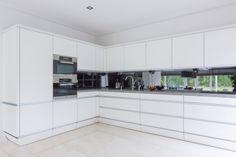 Strak vormgegeven Siematic keuken met inbouwapparatuur van Miele ...