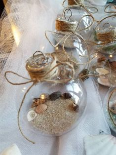 Have a beach house? Are you a beach lover? I have created the perfect Beach themed Christmas ornaments for your tree or table decorations! Christmas Ball Ornaments Diy, Beach Christmas Ornaments, Christmas Crafts For Gifts, Coastal Christmas, Christmas Tree Themes, Christmas Deco, Handmade Christmas, Clear Ornaments, Shell Ornaments