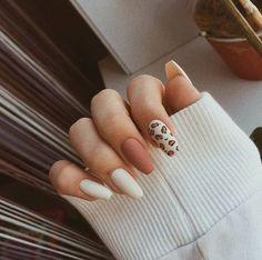Edgy Nails, Neutral Nails, Stylish Nails, Swag Nails, Neutral Nail Designs, Acrylic Nails Coffin Short, Simple Acrylic Nails, Fall Acrylic Nails, Simple Nails