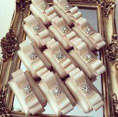 Wedding Gift Baskets, Soap Wedding Favors, Soap Favors, Chocolate Favors, Chocolate Decorations, Wedding Welcome Gifts, Wedding Gifts, Deco Buffet, Sweet Table Wedding