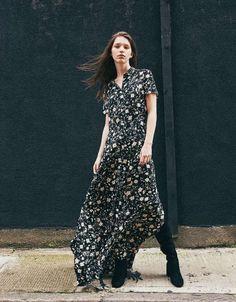 Floral Print Long Dress from Bershka Fashion Brand, Womens Fashion, Estilo Boho, Street Wear, Floral Prints, Short Sleeve Dresses, Shopping, Clothes, Collection
