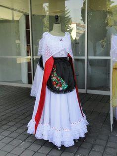 Traje tipico de veracruz, Mexico.