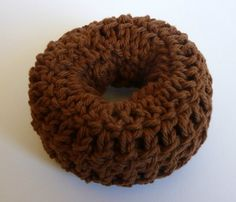 """Clever idea to make a """"sock bun"""" donut out of yarn so you can make it match your hair color and be just the right size. This lady's blog is full of cool crochet ideas!"""