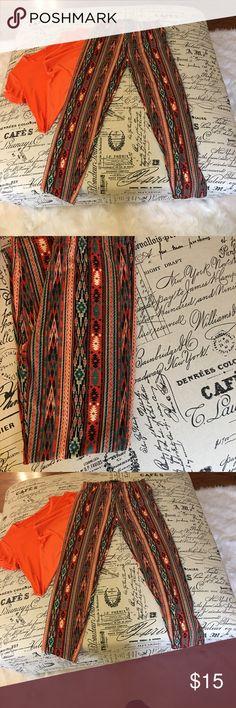 💥Clearance💥Leggings Tribal Print  leggings  (NWOT) Pants Leggings