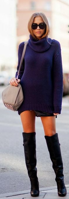 Sleeve navy sweater and long boots street style