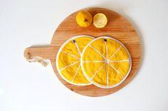 Fun housewarming gift yellow lemon kitchen potholders | Etsy Yellow Foods, Yellow Fruit, Lemon Yellow, Lemon Kitchen, Best Housewarming Gifts, Fruit Gifts, Kitchen Gifts, Kitchen Things, Kitchen Products
