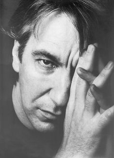 Raise your wands for Alan Rickman, who would've turned 71 today. /* IN MEMORIAM Alan Rickman - february – january Alan Rickman Severus Snape, Alan Rickman Always, Alan Rickman Movies, Severus Rogue, National Portrait Gallery, Ares, Best Actor, Famous Faces, Gorgeous Men