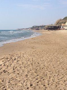 Spiaggia di Anzio. Anzio beach.