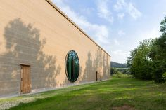 La tierra que busca su protagonismo en la arquitectura