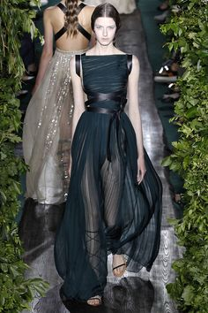 Maria Grazia Chiuri's Best Looks From Her Time at Valentino - Valentino-Wmag