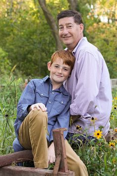 Southeastern Wisconsin Photographer - Bretari Photography - Father/Son Pose