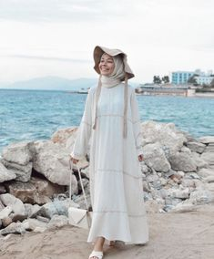 Hijab Fashion Summer, Teen Fashion Outfits, Muslim Fashion, Modest Fashion, Modest Outfits Muslim, Modest Dresses, Pretty Dresses, Hijab Outfit, Hijab Dress