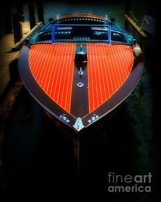 Chris-Craft Mahogany Runabout! One of the most beautiful boats ever made.
