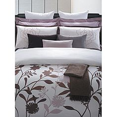 @Overstock - The late blossom in May illustrates one of the most beautiful faces of nature, and here it is captured on the soft cotton surface of this duvet set. This EverRouge seven-piece duvet set will bring spring into your home.http://www.overstock.com/Bedding-Bath/May-Blossom-Cotton-7-piece-Duvet-Cover-Set/5900364/product.html?CID=214117 $99.99
