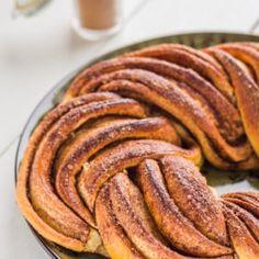 Chleb rustykalny Hamelmana - przepis ze Strefa Wypieków Ratatouille, Sausage, Yummy Food, Meat, Breakfast, Cake, Ethnic Recipes, Dessert Ideas, Sweets