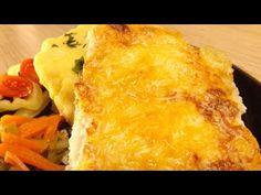 Sajtos sertésszelet - YouTube Spanakopita, Cornbread, Ethnic Recipes, Youtube, Food, Millet Bread, Essen, Meals, Youtubers