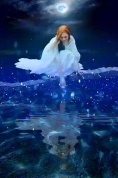 Beautiful Fantasy Art, Beautiful Gif, Beautiful Fairies, Good Night Beautiful, Angel Images, Angel Pictures, Good Night Gif, Good Night Image, I Love You Animation