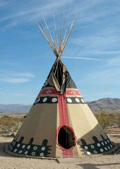 Native American Survival tips that withstand the test of time for of years and able to withstand every difficulties nature thrust at them. The total overview to teaching you hunting,fishing, fighting, making survival weapons, medical cures and more. Native American Teepee, Native American Paintings, Native American Pictures, American Indian Art, Native American History, Native American Indians, Cherokee Indians, Plains Indians, Tenda Camping