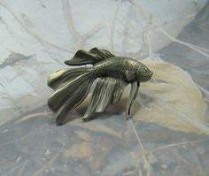 Vintage LCD Pewter Goldfish Brooch Rare Signed Lindsay Claire Designs Pewter Canada Beautiful Detail Beautiful Brooch