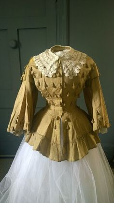 Opulent Gold silk 1850s / 1860s Crinoline Bodice | In the Swan's Shadow