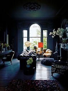 A Modern Industrial Loft in Toronto Autumn Interior, Interior And Exterior, Interior Design, Dark Interiors, Beautiful Interiors, House Interiors, Living Room Decor, Living Spaces, Casa Patio
