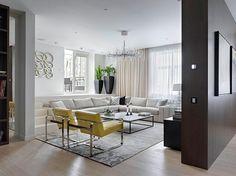 Wohnzimmer Design - retro Wohnidee mit gelben Stühlen