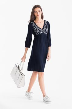 Empire dress now at the C&A online shop – Fast delivery✓ Top quality✓ Great prices✓ Casual Dresses, Dresses For Work, Formal Dresses, Pleated Shorts, Benetton, Types Of Sleeves, New Day, Empire, Cold Shoulder Dress