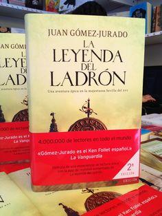 @juangomezjurado   Qué ilusión empezar a firmar ya los libros de la segunda edición!   ¡Gracias a todos!
