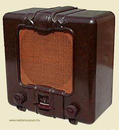 Orion 011 Radio Design, Old Stove, Slide Rule, Retro Radios, Antique Radio, Cool Guitar, Art Decor, Retro Vintage, Ham Radio