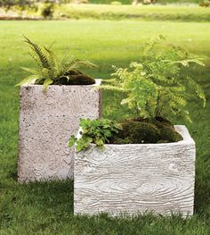 Love the textured faux bois planter mold from Martha. http://www.marthastewart.com/how-to/faux-bois-planter-mold