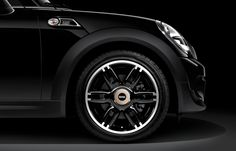 No detail goes unspared on the new MINI Clubman Bond Street.