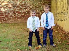 They have some style :)  #Kids photography, #Fall photography #Northern Virginia photographer www.aradicphotography.com Aleksandra Radic photography
