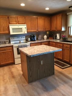 Pictures Of Kitchens With Winter Carnival Countertops Wilsonart Winter Carnival
