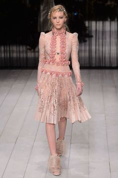 Alexander McQueen Makes a Triumphant Return to London Fashion Week