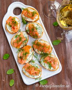 Fall Recipes, Healthy Recipes, Swedish Recipes, Party Food And Drinks, Food Platters, Cafe Food, Food Plating, Bruschetta, I Love Food