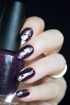 Shell Paper Nail Art Review for Lady Queen on the blog.