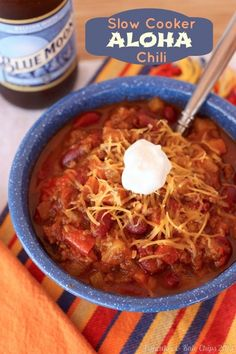 Slow Cooker Aloha Chili | cupcakesandkalechips.com | #slowcooker #crockpot #beef