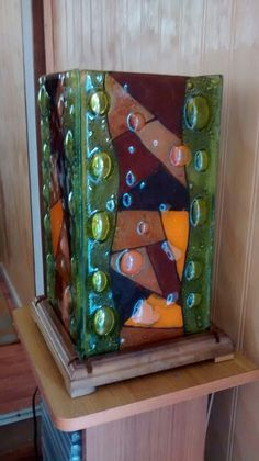 check out base! Love this idea Fused Glass Art, Stained Glass, Glass Vase, Drop Lights, Glass Lights, Lampshade Designs, Tiffany Lamps, Bottle Crafts, Candle Holders